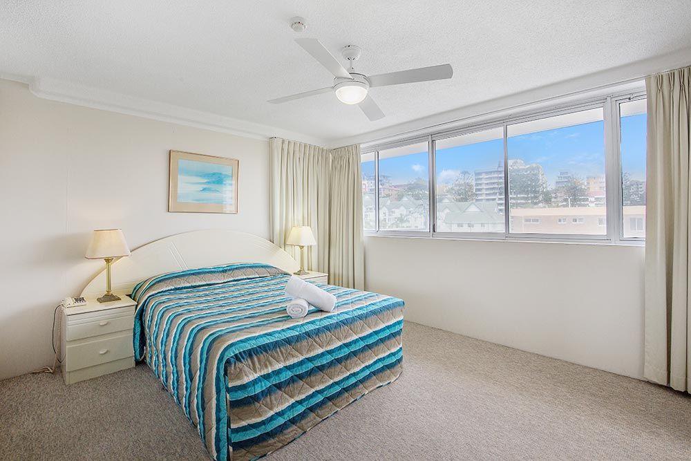 coolangatta-rainbow-bay-2bed-apartments7-9