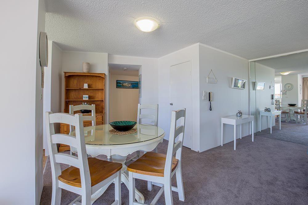coolangatta-rainbow-bay-holiday-apartments1-3