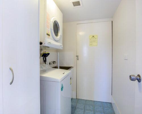 rainbow-bay-2-bedroom-deluxe-apartments-15-02