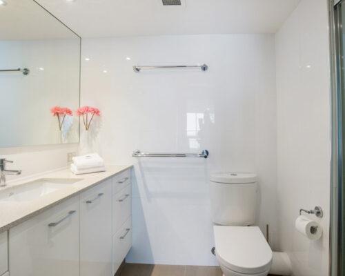 rainbow-bay-2-bedroom-deluxe-apartments-17-01
