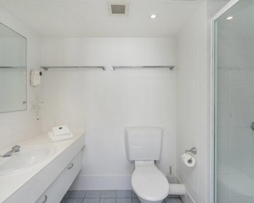 rainbow-bay-2-bedroom-deluxe-apartments-26-02