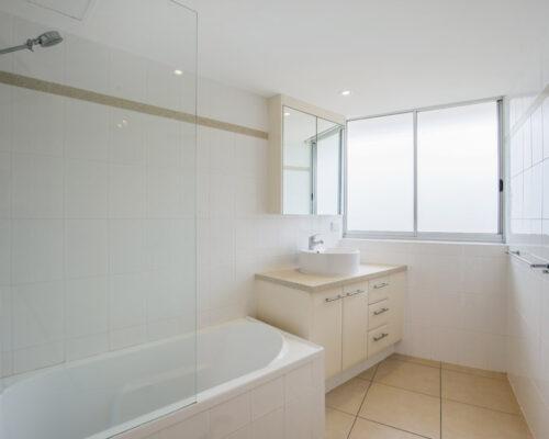 rainbow-bay-2-bedroom-deluxe-apartments-31-02