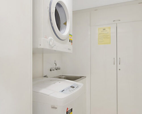 rainbow-bay-2-bedroom-deluxe-apartments-36-01