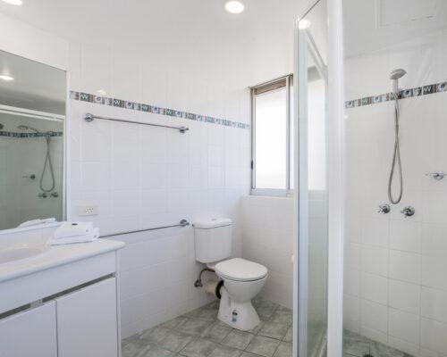 rainbow-bay-2-bedroom-deluxe-apartments-39-01
