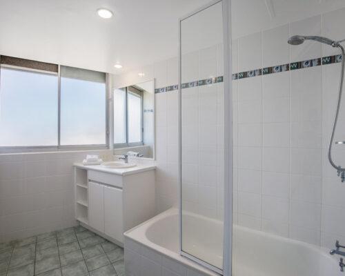 rainbow-bay-2-bedroom-deluxe-apartments-39-03